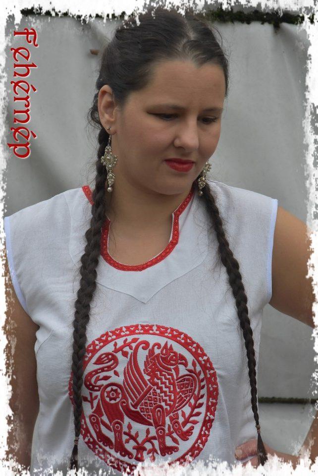 tunika fehér-piros fő