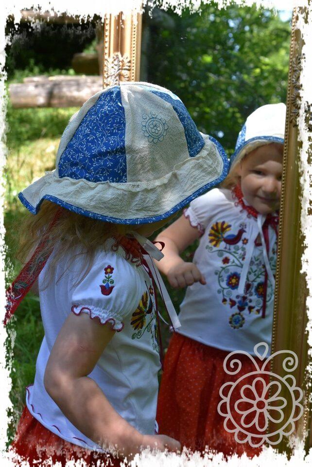 lányka gézkalap – kalotaszegi főkép