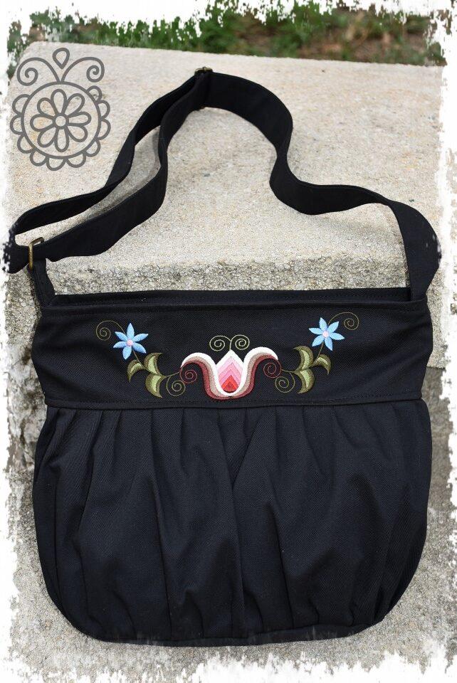 buggyos táska kun fekete főkép